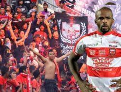 Ditawari Gabung Rans Cilegon FC, Greg Nwokolo: Apa Kamu Kuat Bayar Saya?