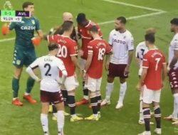 Aksi Mengejutkan Kiper Aston Villa, Tantang Ronaldo Maju Ambil Pinalti