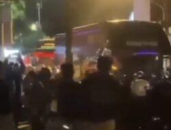 Ditahan Imbang PSIM, Bus Persis Solo Dihadang Ratusan Suporter