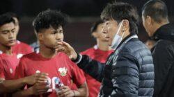 Ribut dengan Lawan, Shin Tae-yong Soroti Emosi Pemain