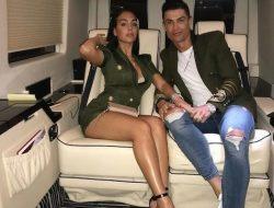 Sebut Hanya Ingin Hartanya, Ibunda Tak Setuju Ronaldo Nikahi Georgina Rodriguez